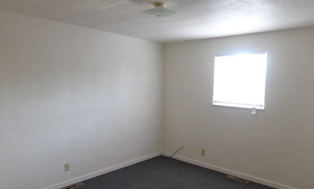 07-Master Bedroom