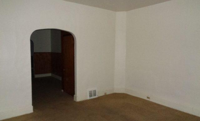 2-Living Room