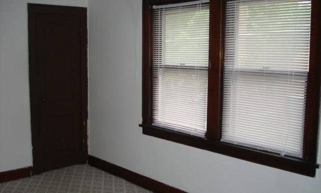 6-Master Bedroom
